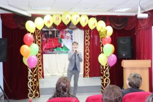 03/06/2020 in honor of International Women's Day on March 8, the male half of the team of the Kazakhmys Polytechnic College congratulated the employees and organized a festive event with comic contests and songs.